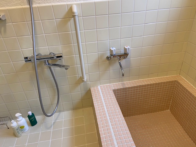 浴室の漏水修理