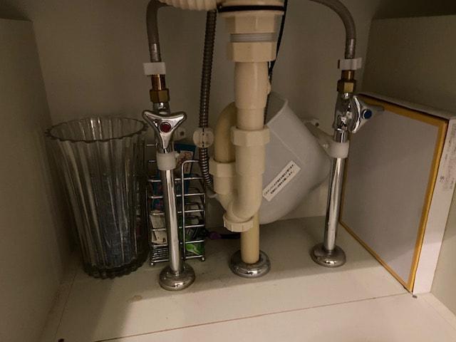 洗面下の収納の危険